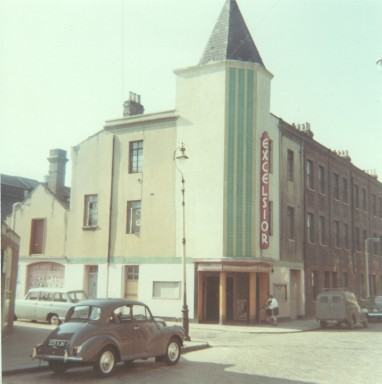 small.1967_source Cinema Theatre Association Archive_copyright Cinema Theatre Association Archive_Excelsior Hall in colour