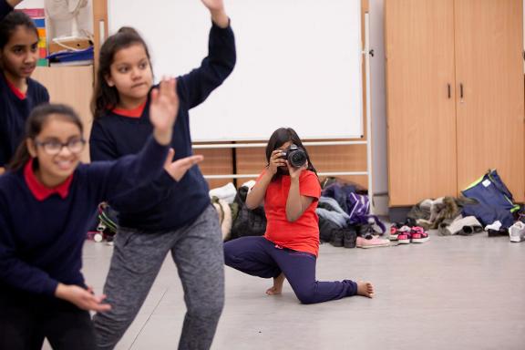 new-bangla-hop-photo-by-rachel-cherry_green-candle-dance-company